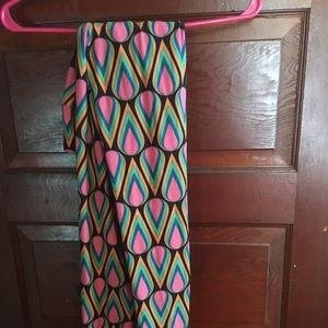 Lula roe leggings one size fits tall and curvy